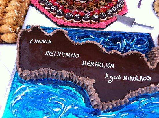 Hydramis Palace Beach Resort: Le gâteau du mercredi