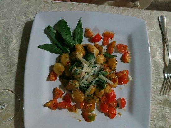 Agriturismo Masseria Valente: dinner - excellent gnocchi