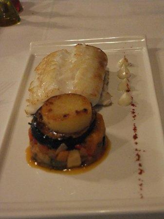 Tierra del Agua Restaurante: merluza a la plancha