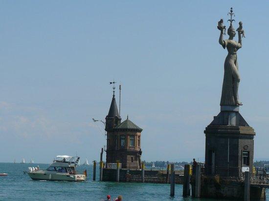 Niederburg: Констанц, гавань Боденского озера,статуя Империи