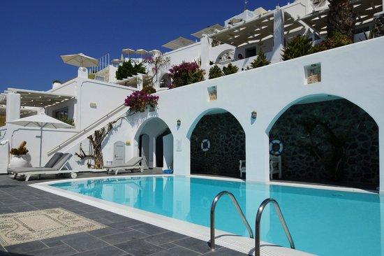 Agali Houses: Pool