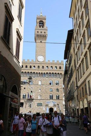 Florence for You: Notre groupe devant le Palazzo Vecchio