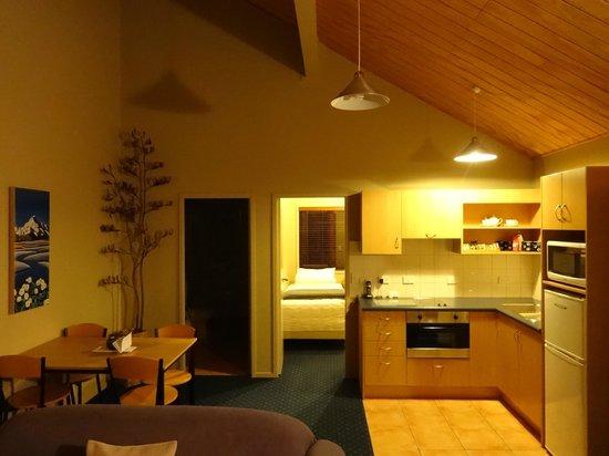 Glenfern Villas Franz Josef: Twin-bed villa (No.7)