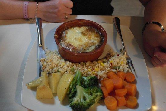 Roulas Restaurant: Lamb klefitko