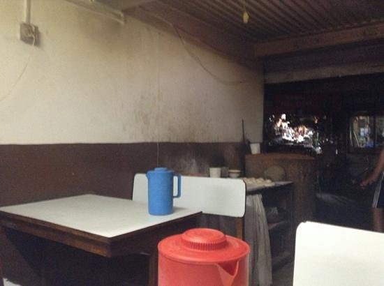 Western Tandoori: inside and tandoori oven