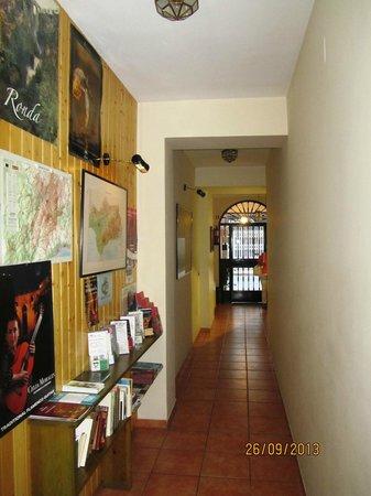 Hotel Morales: Petit hall