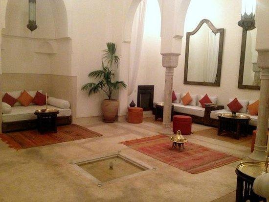Riad Hayati: Large sitting room