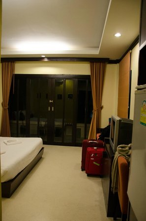 Ao Nang Beach Home: room