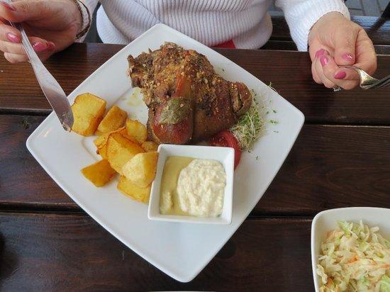 Warsaw Tram Food Bar: The pork