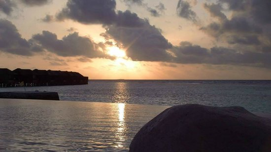 Lily Beach Resort & Spa: Sunset