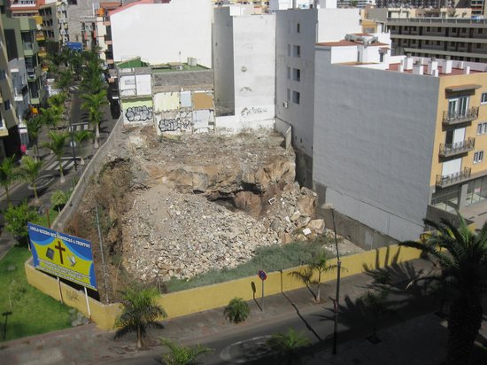 Labranda Reveron Plaza: The hole