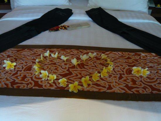 Jamahal Private Resort & Spa: ラブリーなベッド、天蓋つき!