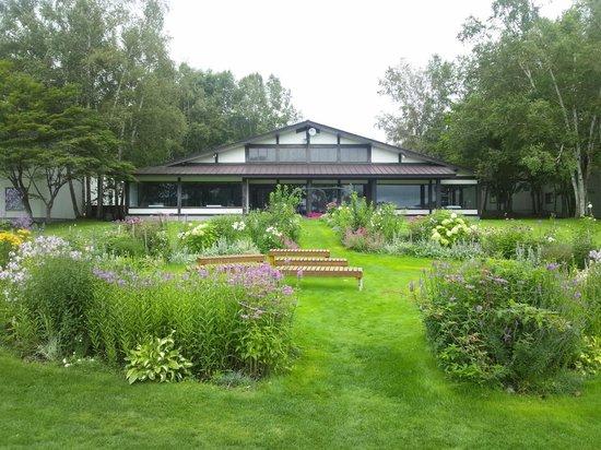 Kussharo Prince Hotel: 庭とチャペル