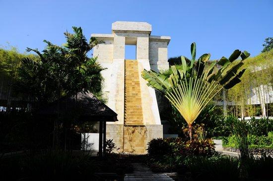 Sheraton Mustika Yogyakarta Resort and Spa: part of hotel area