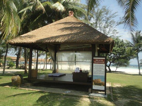 บินตัน ลากูน รีสอร์ท: Beach Side Massage Hut
