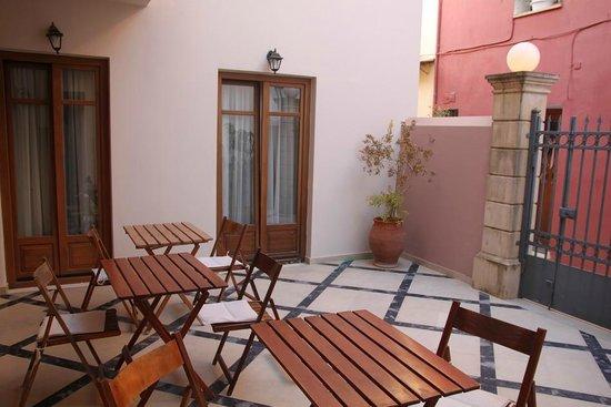 Palazzo Vecchio Exclusive Residence: Gemeinschaftsterrasse Zimmer 108+109+110