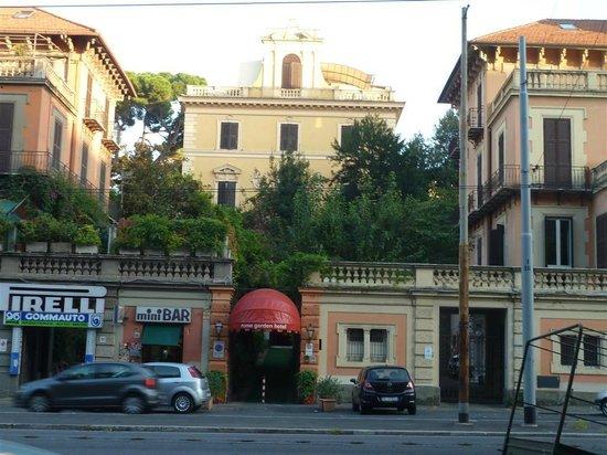 Rome Garden Hotel: Inkom hotel