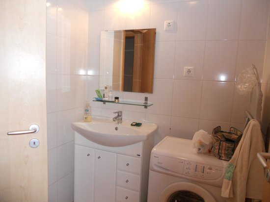 King Apartments Budapest : bagno in camera