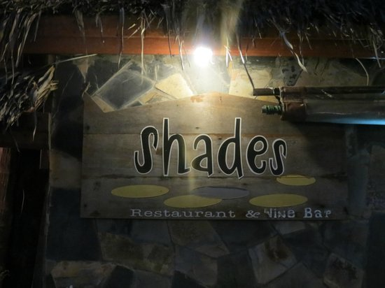 Shades Beach Restaurant & Wine Bar : Shades