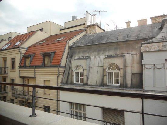 King Apartments Budapest : affaccio sulla strada