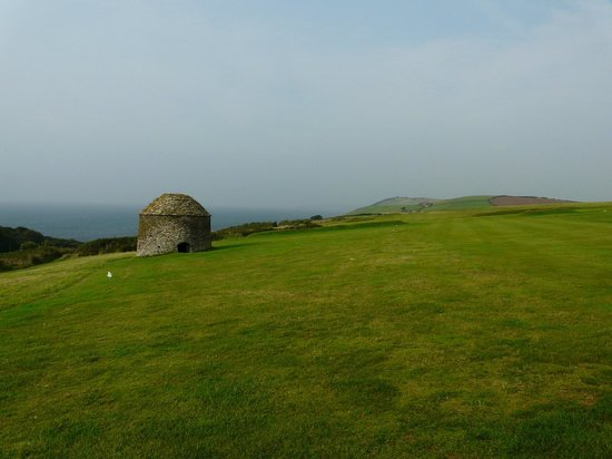 Whitsand Bay Hotel: On the course