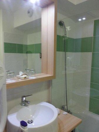 Appart'City Confort Montpellier Millénaire : Salle de bain