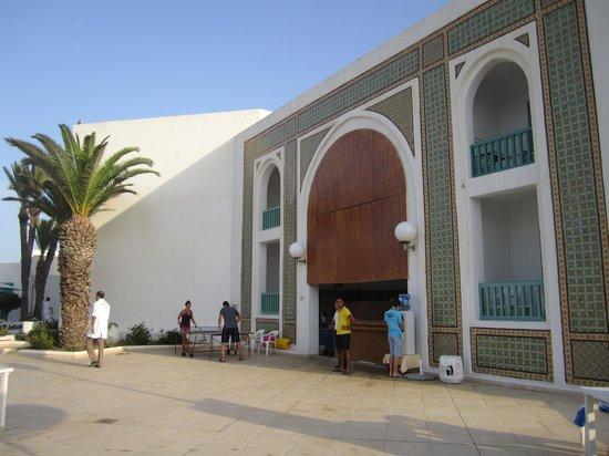 El Mouradi Cap Mahdia : bar della piscina