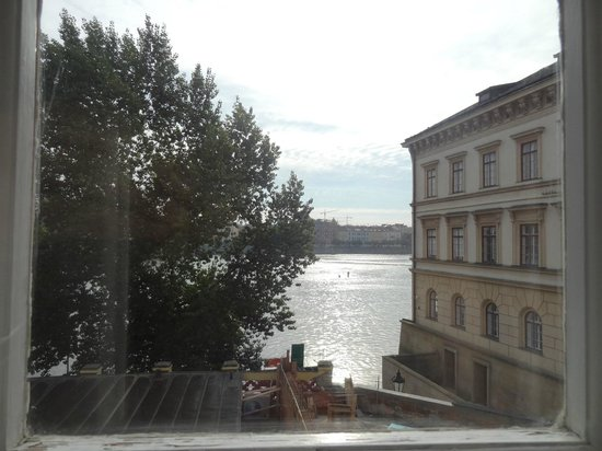 Archibald At the Charles Bridge: Wonderful Views from Room