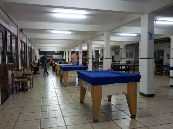 Hotel Colina Verde : Lazer no salão de jogos
