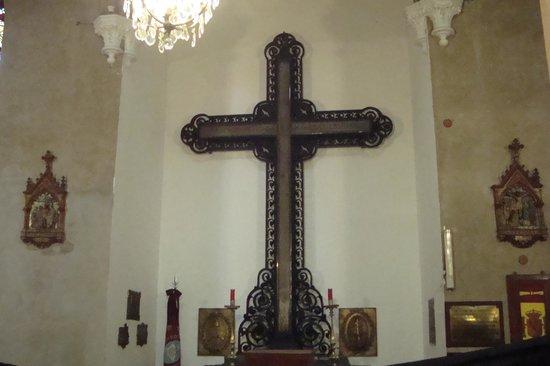 Nuestra Señora de la Merced: Detalle de la cruz de la batalla de Salta
