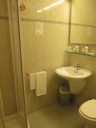 Hotel Ai Tufi : bagno