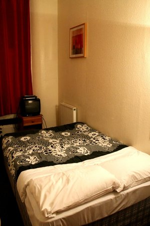 The Belgravia Hotel : Camera n° 8