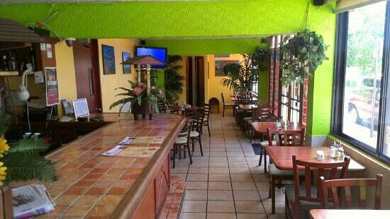 Don Jose Restaurant: Interior decor