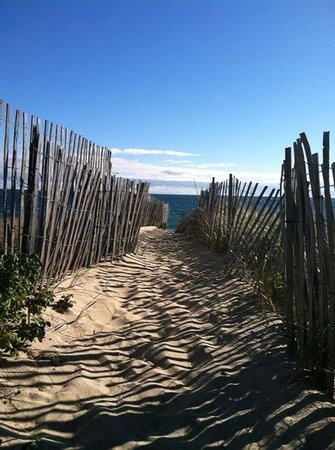 The Wauwinet: Wauwinet Beach Path, September 2013