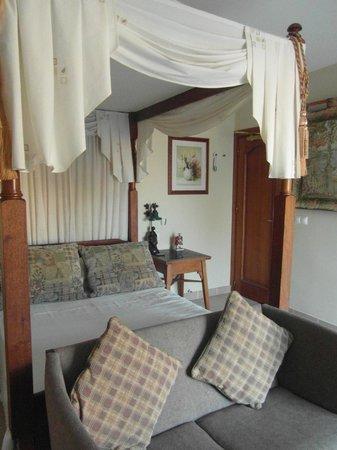 L'escala Hotel: Eden Suite - double