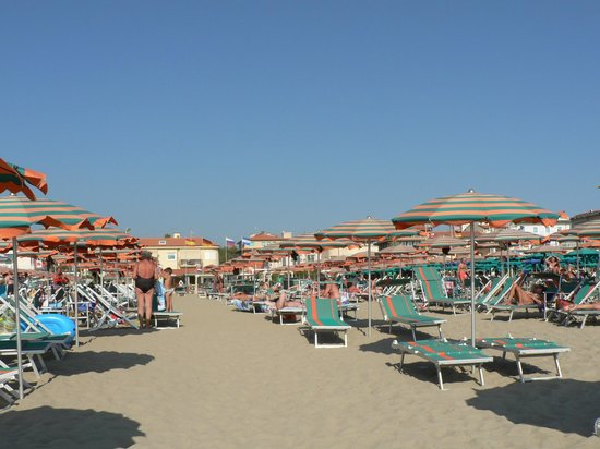 One more beach view bild von bagno maurizio viareggio tripadvisor - Bagno maurizio viareggio ...