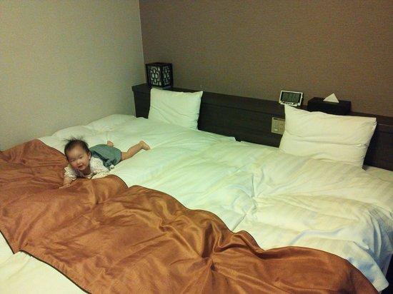 Hotel Dormy Inn Nagasaki: 13.05.05【ドーミーイン長崎】ベッド