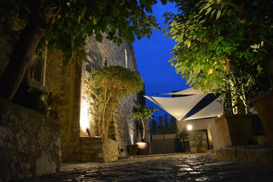 L'Abbaye Hotel : vue cours interieure