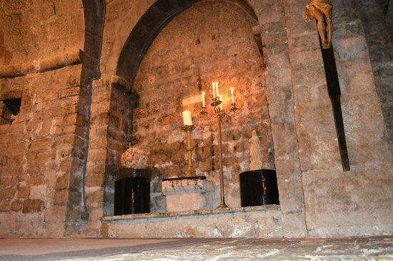 L'Abbaye Hotel : intérieur chapelle