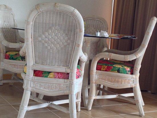 Belair Beach Hotel : sample of old furniture