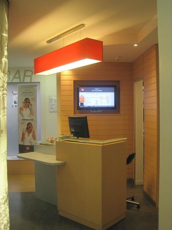 Ibis Paris Gare de Lyon Reuilly: Reception