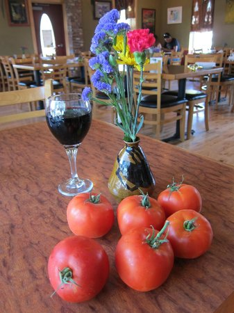 The Slanted Porch : Fresh grown tomatoes