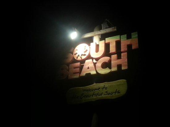 South Beach Cafe: Its a Sign !!