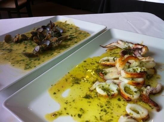 El Bolon Verde Restaurante: Calamares y Almejas