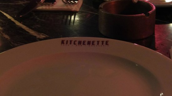 Kitchenette : Plate