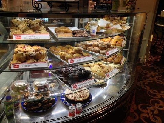 Gaylord Opryland Resort & Convention Center: pastry selection at Bravo