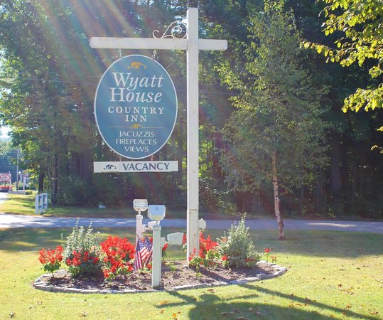 Wyatt House Country Inn