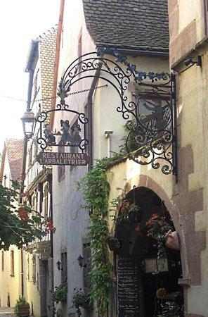 A L'Arbaletrier : Restaurant Sign and entrance