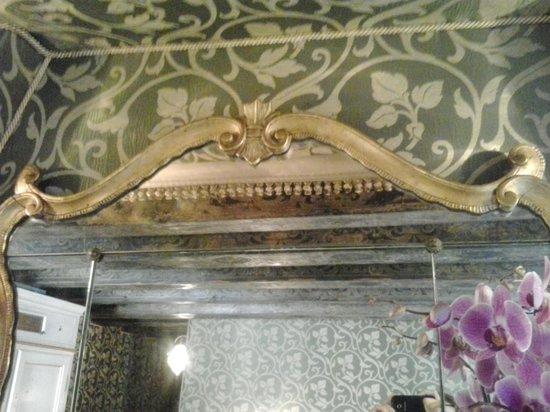 โรงแรมพาลาซโซ อาบาเดสซา: Details of Room Decor