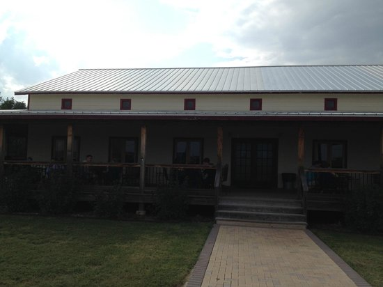 Woodrose Winery : The New Tasting Room and Dancehall